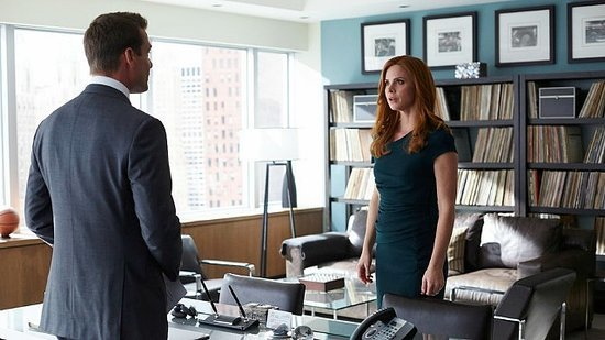 'Suits' Finale: Is Donna Rethinking Her Future With Harvey? Sarah Rafferty Tells All!