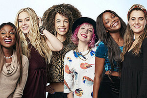 'American Idol' Live Blog: Top 8 Girls Sing, 4 Go Home