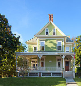 Houzz Tour: Redo Shines Light on 19th-Century Newport Beauty (13 photos)