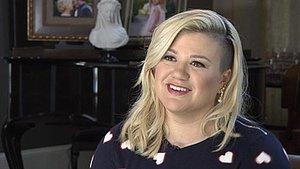 Kelly Clarkson Shuts Down Fat Shamer