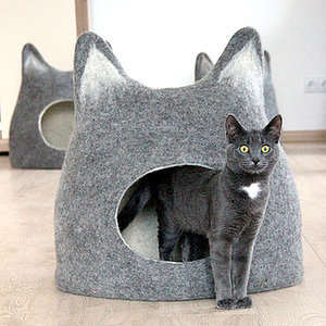 Cat-Style Trend Alert: Amazing Felted Wool Cat Cocoons