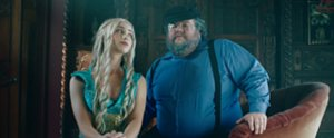 """Taylor Swift's """"Blank Space"""" Meets Game of Thrones in This Spoof"""