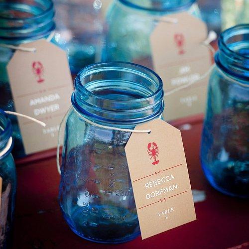 Mason Jars DIYs For a Wedding