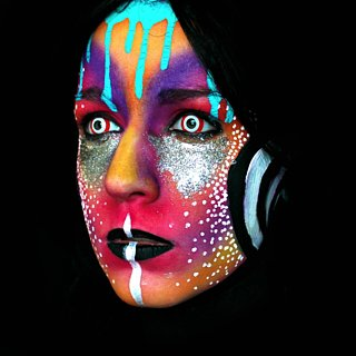 The Crazy-Cool Neon Makeup Transformation You Have to See