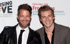 Nate Berkus & Husband Jeremiah Brent Welcome Daughter: Poppy!