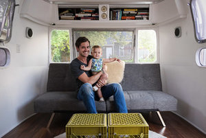 Houzz TV: See a Man Turn a '70s Airstream Into a Cool, Happy Home (3 photos)