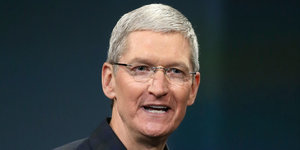 Apple's Tim Cook To Donate All His Money, Magazine Says