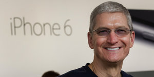 Apple CEO Tim Cook Will Reportedly Donate His Fortune To Charity