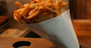 Good-bye to Pommes Frites, One of New York's Great Late-Night Institutions