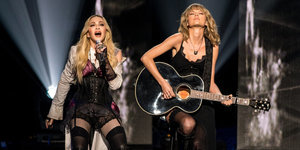 Madonna & Taylor Swift Rock The House In Joint Performance