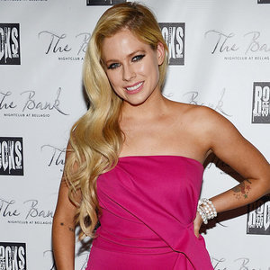 Avril Lavigne Has Lyme Disease