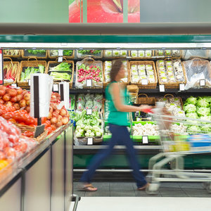 Are Reusable Grocery Bags Wrecking Your Diet?