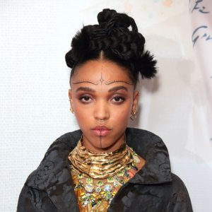 FKA Twigs Hair and Makeup Looks