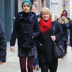 Taylor Swift's Mother Diagnosed With Cancer