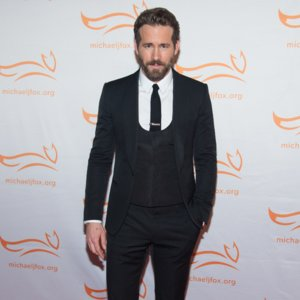 Ryan Reynolds Uninjured After Paparazzi Car Accident