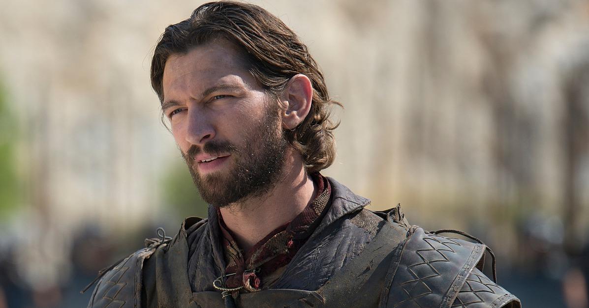 Michiel Huisman as Daario Naharis on Game of Thrones ... Daario Naharis Game Of Thrones Season 4