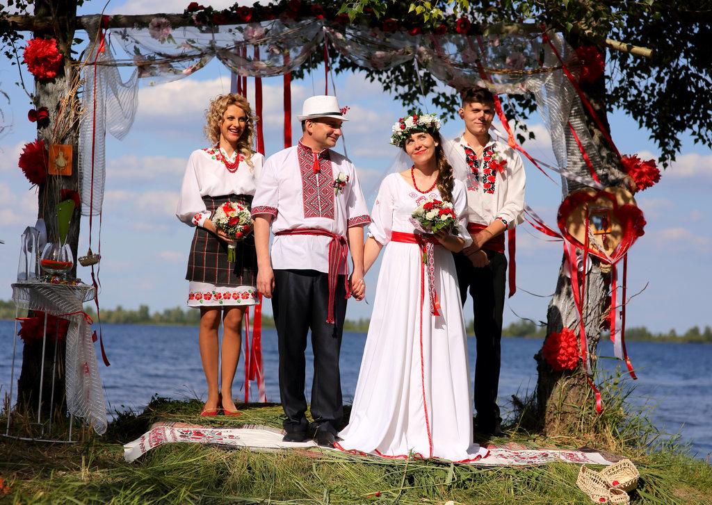 wedding dresses from around world