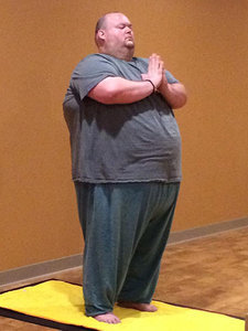 650-Lb. Man Discovers Yoga and Begins His Weight-Loss Journey