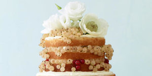 10 Wedding Cakes That Almost Look Too Pretty To Eat