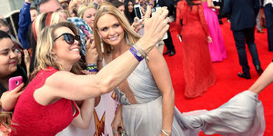 Miranda Lambert Is A Vision In Silver At ACM Awards