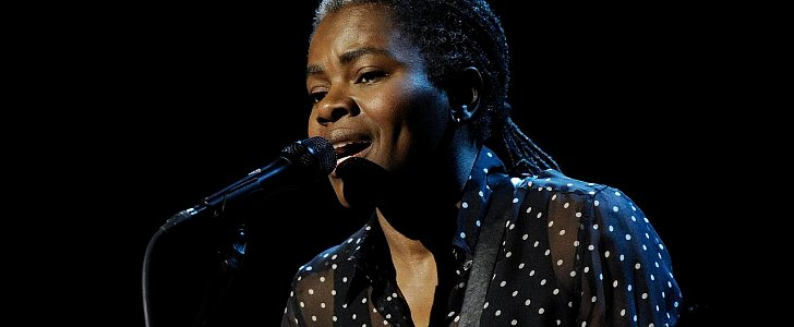 "Tracy Chapman's Cover of ""Stand by Me"" Will Haunt You"