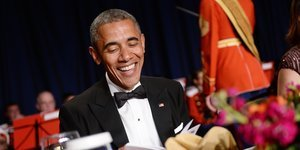 Obama Makes A Birther Joke At The 2015 White House Correspondents' Dinner