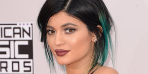 Some Fan Sent Kylie Jenner A Bunch Of Pizza And A Marriage Proposal