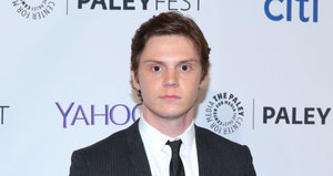 Evan Peters Returning for 'American Horror Story: Hotel'