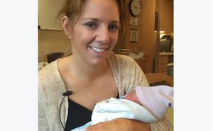 """Paralyzed Bride"" Rachelle Friedman Chapman Welcomes Healthy Baby Girl Via Surrogate"