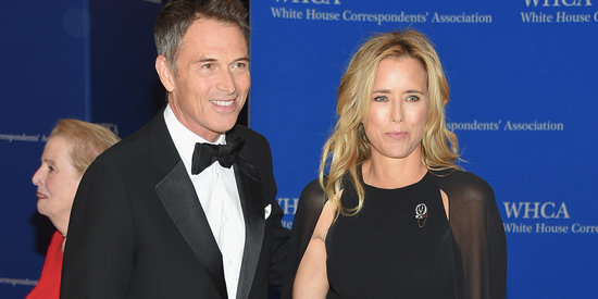 Téa Leoni, Tim Daly Make Their Red Carpet Debut At White House Correspondents' Dinner