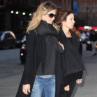 Jennifer Aniston in NYC April 2015 | Pictures