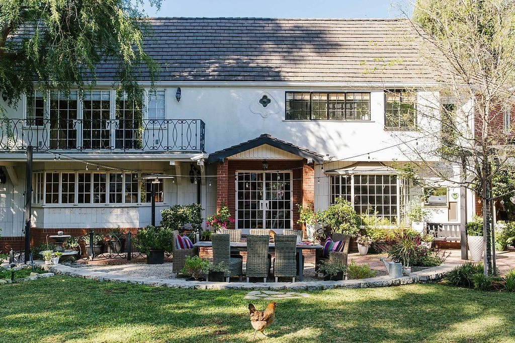 Tiffani Thiessen house in Los Angeles