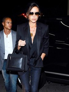 The Victoria Beckham-Approved Way to Dress Down a Blazer