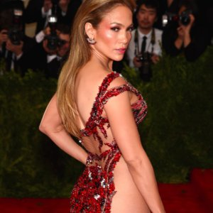 How to Get a Butt Like Jennifer Lopez