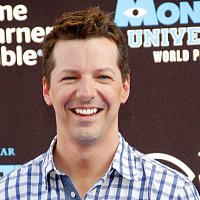 Sean Hayes' Mother's Day lip sync is all kinds of awesome