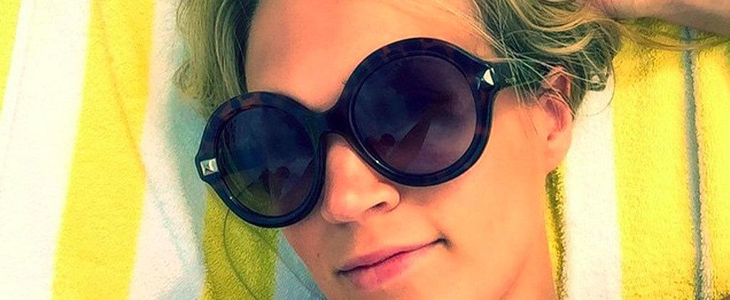 Carrie Underwood Soaks Up the Sun in a Postbaby Bikini Selfie
