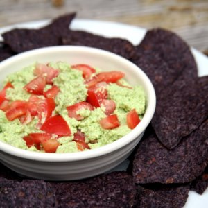 Low-Cal Guacamole Made With Edamame
