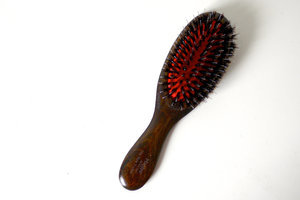 Beauty Test Drive: The Marilyn New Yorker Boar Bristle Brush