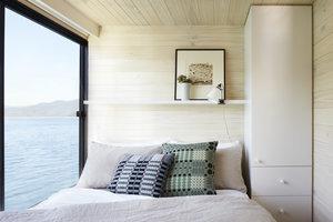 Lake Luxe: The Bespoke Scandi Houseboat, Australia Edition