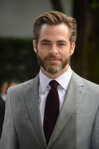 Chris Pine in negotiations to star in Wonder Woman