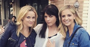 'Cruel Intentions' Reunion Alert! Reese Witherspoon, Sarah Michelle Gellar, Selma Blair Hang Out, Kiss