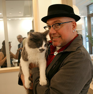 We Get a Preview of San Francisco's First Cat Cafe