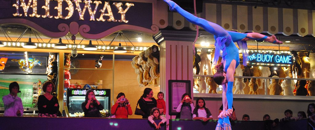 21 Family-Friendly Spots in Las Vegas For a Sinfully Good Time