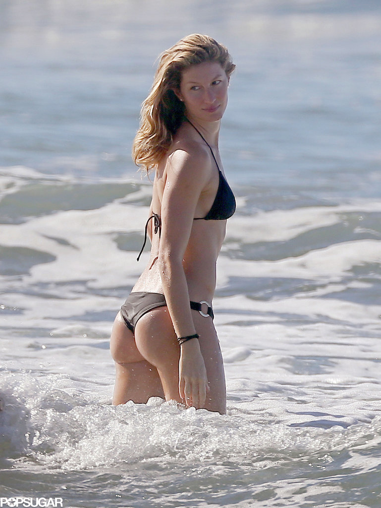 Gisele turned heads on the beaches of Costa Rica in December 2014.