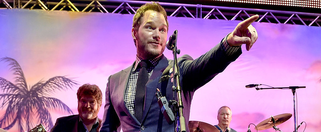 Chris Pratt Takes the Stage to Sing After the Jurassic World Premiere
