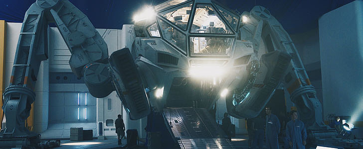 See the First 2 Official Pictures From Independence Day: Resurgence
