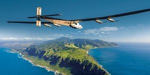 Solar-Powered Plane Soars Over The Pacific Without A Drop Of Fuel