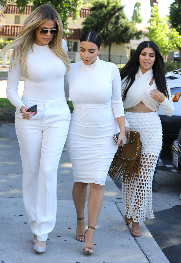 Kim khloe and kourtney kardashian wearing all white for How to dress like khloe kardashian