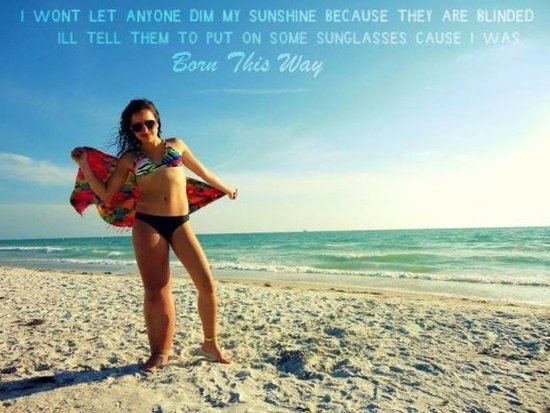 Teen's Body-Positive Selfie Proves Her Rare Disorder Doesn't Define Her