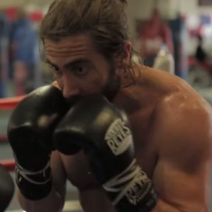 Jake Gyllenhaal Boxing Shirtless in Southpaw